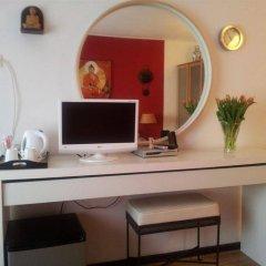 Отель Bayan Bed & Breakfast Нидерланды, Амстердам - отзывы, цены и фото номеров - забронировать отель Bayan Bed & Breakfast онлайн