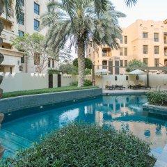 Отель One Perfect Stay - 2BR at Zanzabeel 3 бассейн