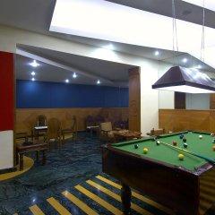 Отель Le Méridien Jaipur Resort & Spa гостиничный бар