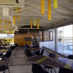 Отель Dorian Inn Hotel Греция, Афины - 7 отзывов об отеле, цены и фото номеров - забронировать отель Dorian Inn Hotel онлайн гостиничный бар