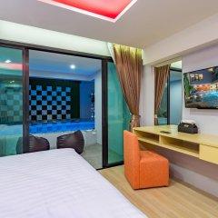 OneLoft Hotel 4* Номер Делюкс с разными типами кроватей фото 3