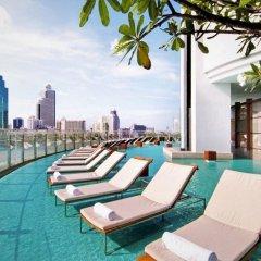 Отель Millennium Hilton Bangkok бассейн фото 2