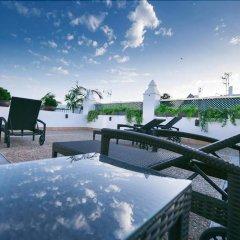 Отель Hostal Ferreira Испания, Кониль-де-ла-Фронтера - отзывы, цены и фото номеров - забронировать отель Hostal Ferreira онлайн бассейн фото 3
