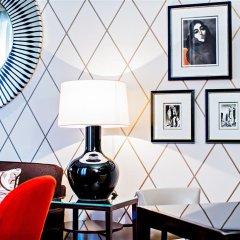 Prince de Galles, a Luxury Collection hotel, Paris удобства в номере
