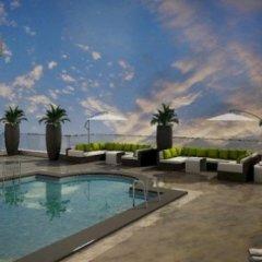 Отель Holiday Inn Jeddah Gateway бассейн