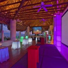 Отель The Westin Resort & Spa Puerto Vallarta гостиничный бар