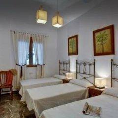 Отель Cortijo Cuesta Herrero Испания, Гуэхар-Сьерра - отзывы, цены и фото номеров - забронировать отель Cortijo Cuesta Herrero онлайн комната для гостей фото 2