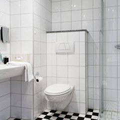 Отель Scandic Aalborg City Дания, Алборг - отзывы, цены и фото номеров - забронировать отель Scandic Aalborg City онлайн ванная
