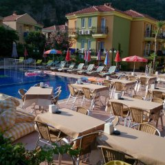 Imparator Турция, Олудениз - 6 отзывов об отеле, цены и фото номеров - забронировать отель Imparator онлайн бассейн фото 3