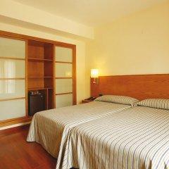 Отель Isla Mallorca & Spa сейф в номере
