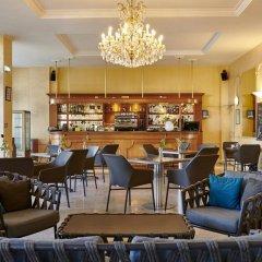 Отель Hôtel Vacances Bleues Le Royal Франция, Ницца - 4 отзыва об отеле, цены и фото номеров - забронировать отель Hôtel Vacances Bleues Le Royal онлайн гостиничный бар