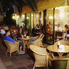 Отель Amoros питание фото 2
