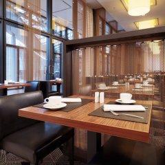 Отель Sheraton Berlin Grand Hotel Esplanade Германия, Берлин - 6 отзывов об отеле, цены и фото номеров - забронировать отель Sheraton Berlin Grand Hotel Esplanade онлайн питание фото 2