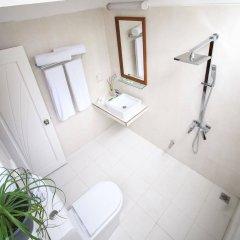 Asuruma View Hotel Ханимаду ванная