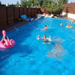 Гостиница Комплекс Хутор Украина, Ровно - отзывы, цены и фото номеров - забронировать гостиницу Комплекс Хутор онлайн бассейн