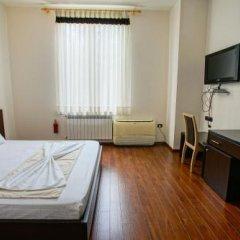 Hotel Vila 3 сейф в номере