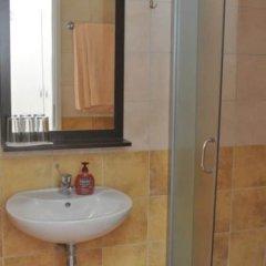 Отель Rooms Lara ванная фото 2