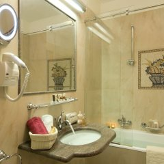 Отель Grand Dino Бавено ванная фото 2