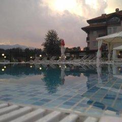 Отель SG Seven Seasons Hotel & Spa Болгария, Банско - отзывы, цены и фото номеров - забронировать отель SG Seven Seasons Hotel & Spa онлайн бассейн фото 2