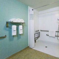 Отель Hampton Inn Suites Sarasota/Bradenton Airport ванная