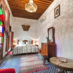 Отель Riad dar Chrifa Марокко, Фес - отзывы, цены и фото номеров - забронировать отель Riad dar Chrifa онлайн комната для гостей фото 2