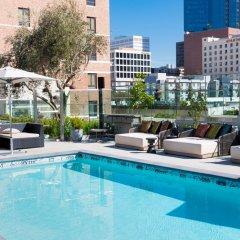 Отель The Mayfair Hotel Los Angeles США, Лос-Анджелес - 9 отзывов об отеле, цены и фото номеров - забронировать отель The Mayfair Hotel Los Angeles онлайн бассейн фото 3