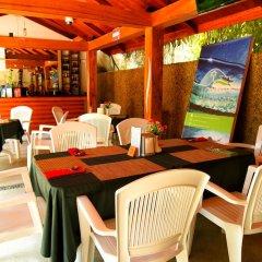 Отель Casadana Thulusdhoo Остров Гасфинолу питание