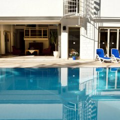 Отель Villa Adora Beach бассейн фото 2