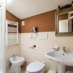 Отель Donna Nobile Италия, Сан-Джиминьяно - отзывы, цены и фото номеров - забронировать отель Donna Nobile онлайн ванная