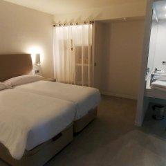 Отель B-Llobet комната для гостей фото 4