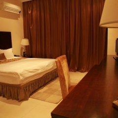 Отель Mikhael's Hotel Республика Конго, Браззавиль - отзывы, цены и фото номеров - забронировать отель Mikhael's Hotel онлайн комната для гостей фото 3