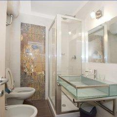 Отель Deluxe Rooms Италия, Рим - отзывы, цены и фото номеров - забронировать отель Deluxe Rooms онлайн ванная