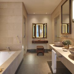 Отель Anantara Al Jabal Al Akhdar Resort Оман, Низва - отзывы, цены и фото номеров - забронировать отель Anantara Al Jabal Al Akhdar Resort онлайн ванная фото 2