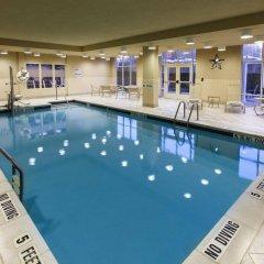 Отель Hampton Inn & Suites Staten Island бассейн фото 2