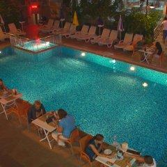 Selenium Hotel бассейн фото 3