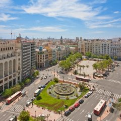 Отель Melia Plaza Valencia балкон