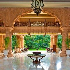 Отель The Leela Palace Bangalore фитнесс-зал фото 2