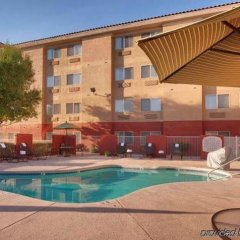 Отель Fairfield Inn & Suites by Marriott Albuquerque Airport бассейн фото 2