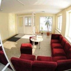 Отель LEU Guest House