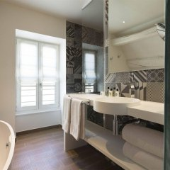 Отель Hôtel Dupond-Smith ванная фото 2