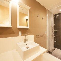 Отель Centurion Hotel Residential Cabin Tower Япония, Токио - отзывы, цены и фото номеров - забронировать отель Centurion Hotel Residential Cabin Tower онлайн ванная фото 2