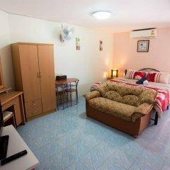 Отель Pattaya Holiday Lodge Паттайя комната для гостей фото 3