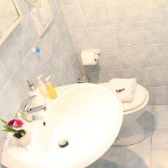 Отель B&B Carlo Felice ванная фото 2