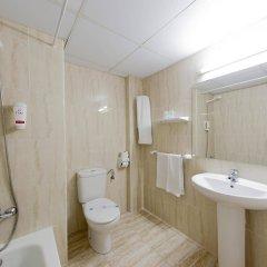 Отель Linda Испания, Пальма-де-Майорка - 4 отзыва об отеле, цены и фото номеров - забронировать отель Linda онлайн ванная
