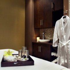 Отель Four Points by Sheraton Hotel & Suites Calgary West Канада, Калгари - отзывы, цены и фото номеров - забронировать отель Four Points by Sheraton Hotel & Suites Calgary West онлайн в номере