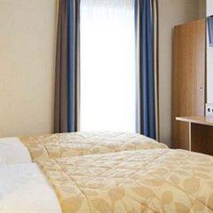 Отель Cujas Pantheon Франция, Париж - отзывы, цены и фото номеров - забронировать отель Cujas Pantheon онлайн комната для гостей фото 3
