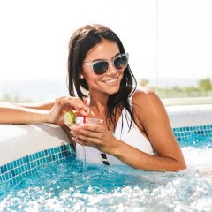 Отель Thera Mare Hotel Греция, Остров Санторини - 1 отзыв об отеле, цены и фото номеров - забронировать отель Thera Mare Hotel онлайн бассейн фото 3