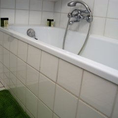 Отель B&B Impasse Pitchoune Бельгия, Брюссель - отзывы, цены и фото номеров - забронировать отель B&B Impasse Pitchoune онлайн ванная фото 2