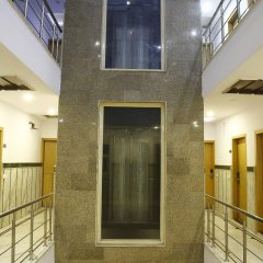 Отель OYO 16011 Hotel Mohan International Индия, Нью-Дели - отзывы, цены и фото номеров - забронировать отель OYO 16011 Hotel Mohan International онлайн интерьер отеля фото 3