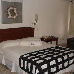 Отель Casa Santa Mónica Колумбия, Кали - отзывы, цены и фото номеров - забронировать отель Casa Santa Mónica онлайн сейф в номере